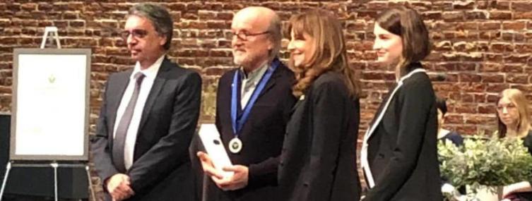 Jim Corcoran honoré au Conseil supérieur de la langue française