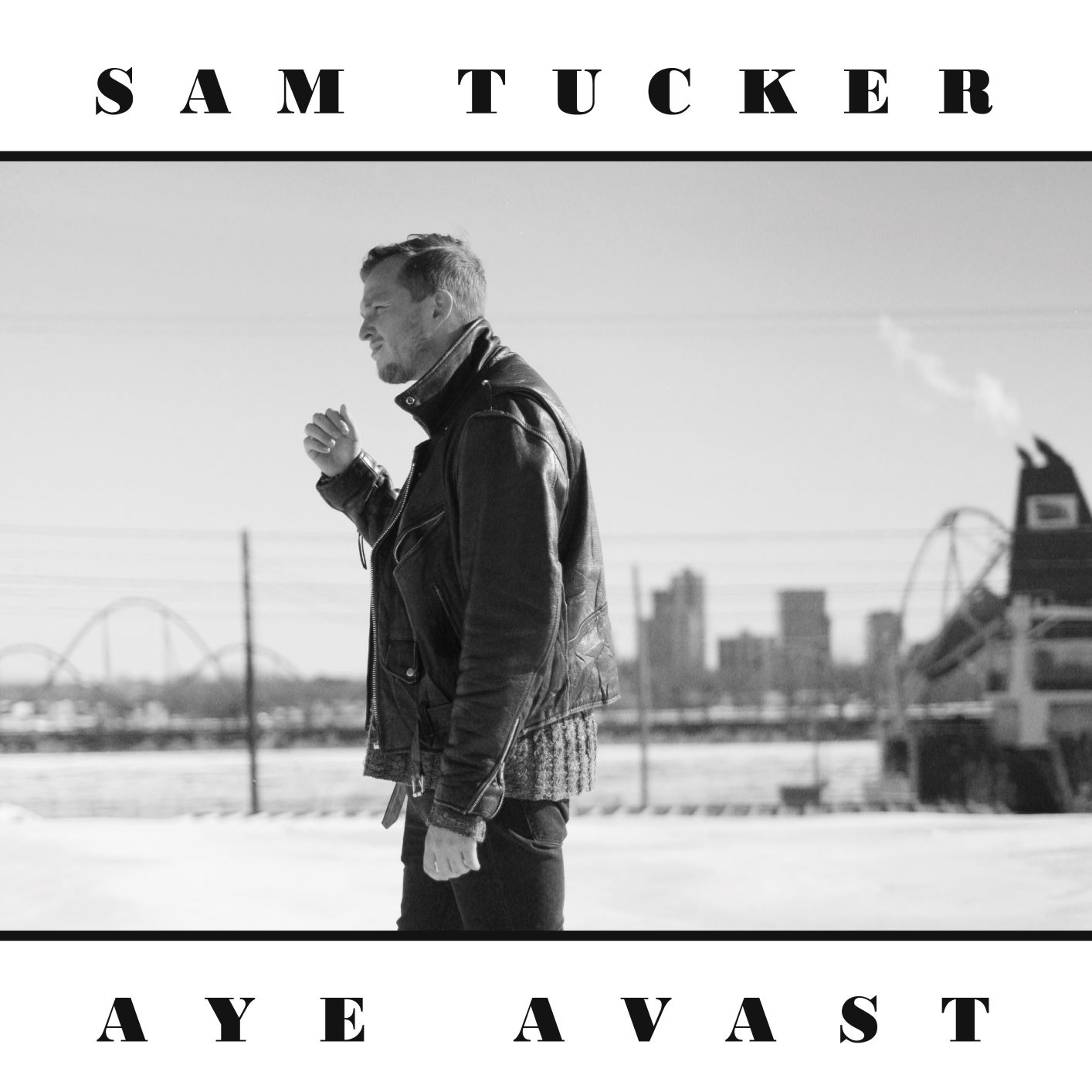SAM TUCKER: Aye Avast en images