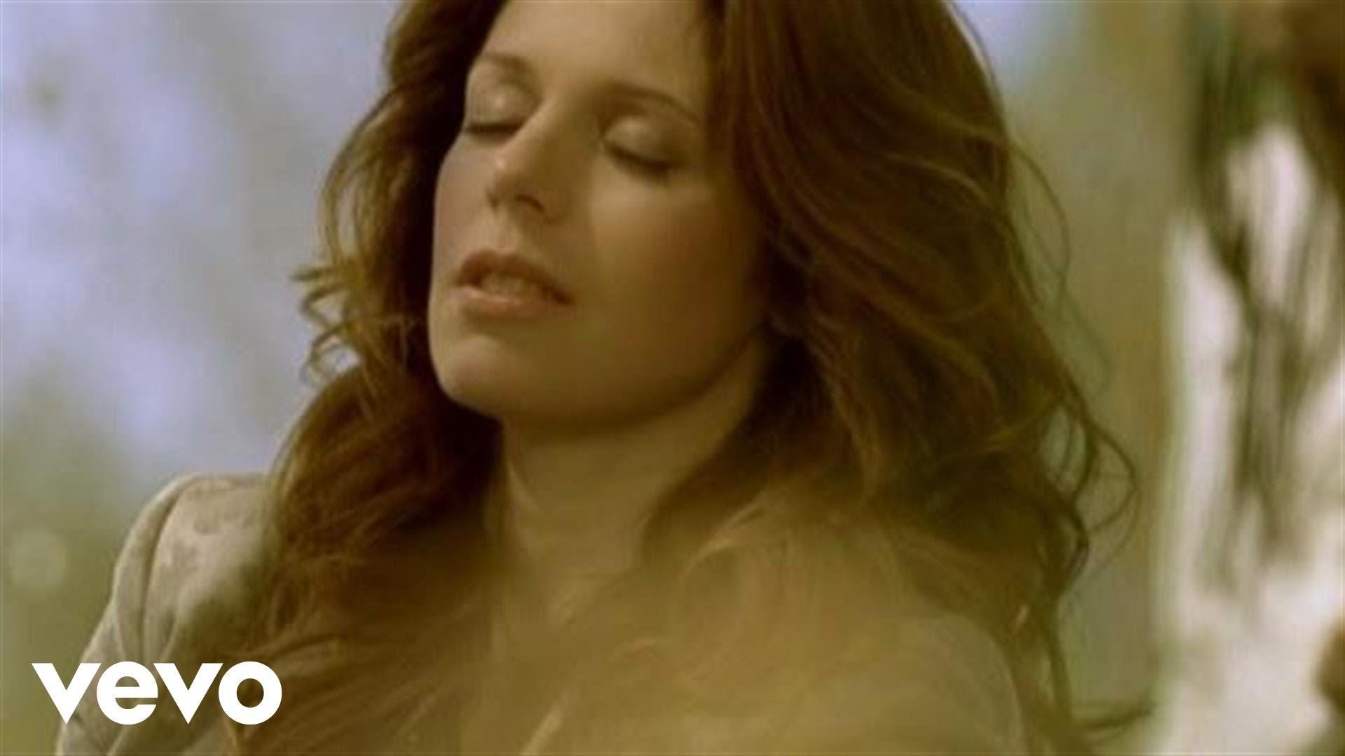 Isabelle Boulay - Dieu des amours (Clip officiel)