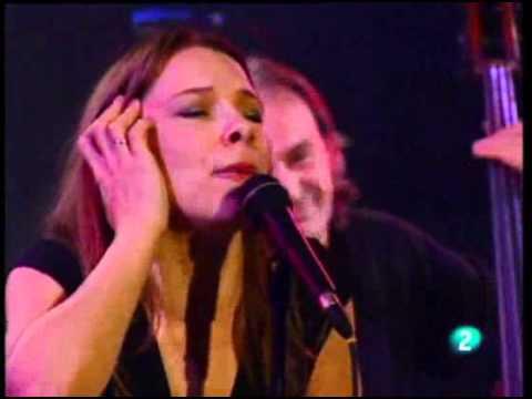 Lhasa De Sela - La Marie Haute - live 2004