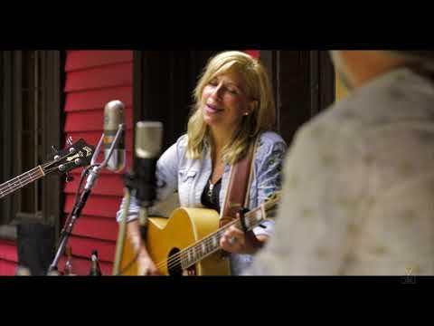 Cindy Bédard - T'as jamais rien compris à la musique country